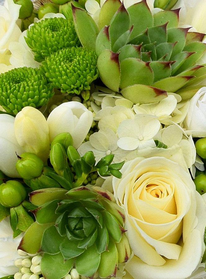 Zielone rośliny w bukiecie