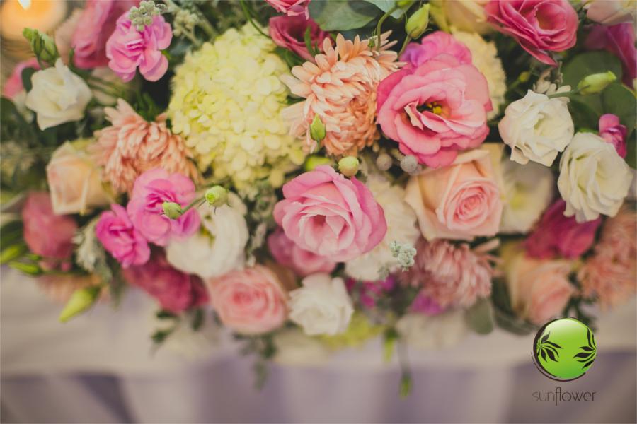 Dekoracja kwiatowa z róż