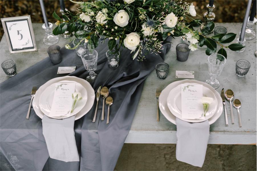 Rustykalny stół weselny
