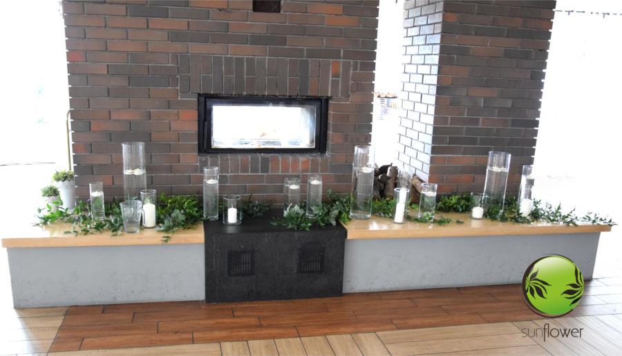 Świeczki pływające w wazonach