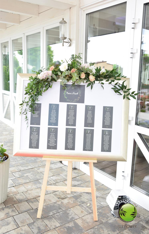 Tablica informacyjna na wesele