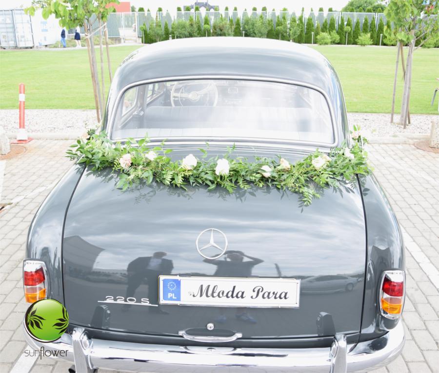 Stary Mercedes na ślub