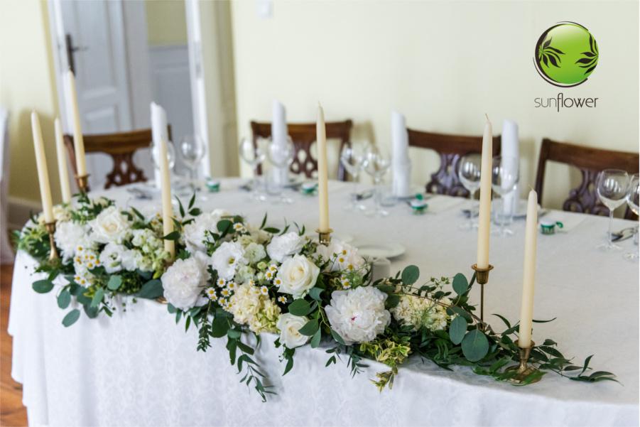 Stroik weselny ze świecami